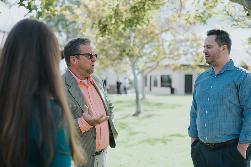 <p>Because of our commitment to a 1:10 faculty-to-student ratio, students develop formative relationships with faculty and receive valuable insights into the joys and struggles of ministry.</p>
